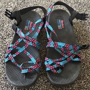 Sketchers sandals blue and pink size 7